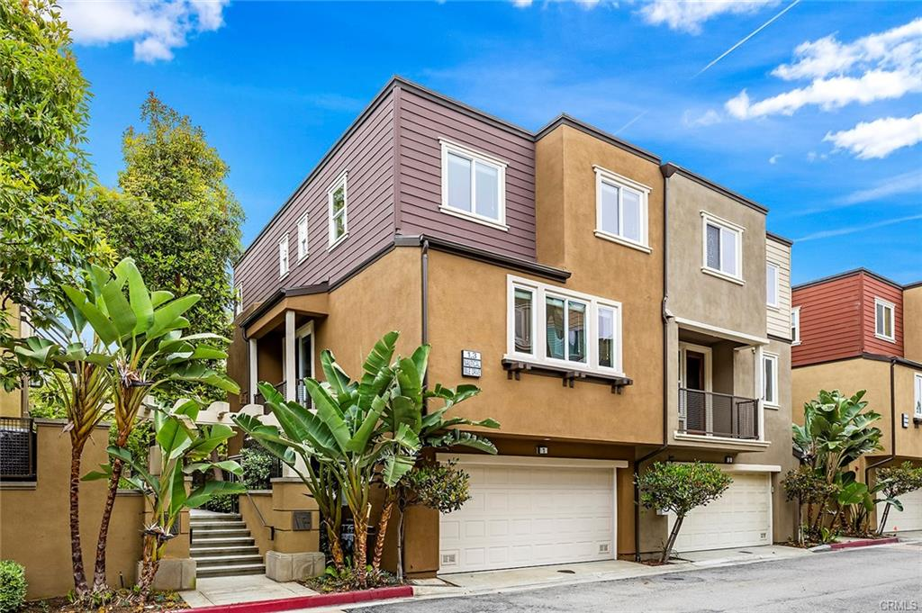 Leo Chen Real Estate Group Newport Beach Condos and Townhomes